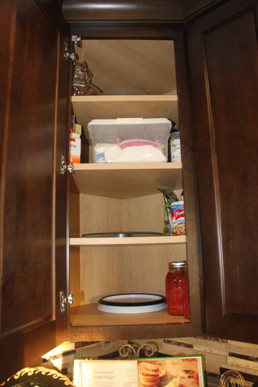 A Maximized Pantry -extremely less congested corner pantry